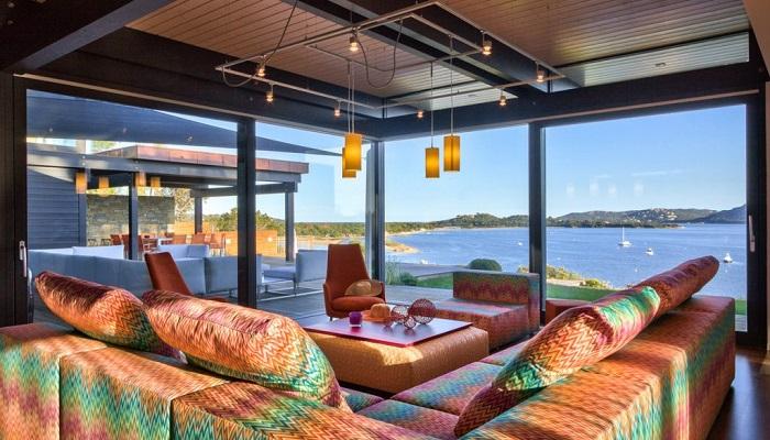 Korsika'nın Cennet Koyunda Büyüleyici Bir Villa