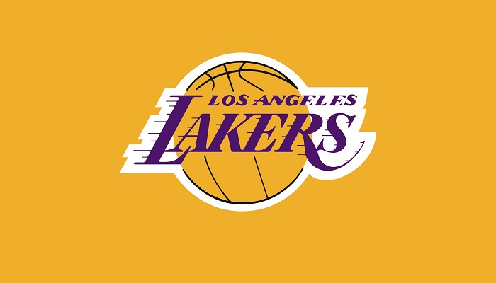 Los Angeles Lakers – 2,7 Milyar Dolar