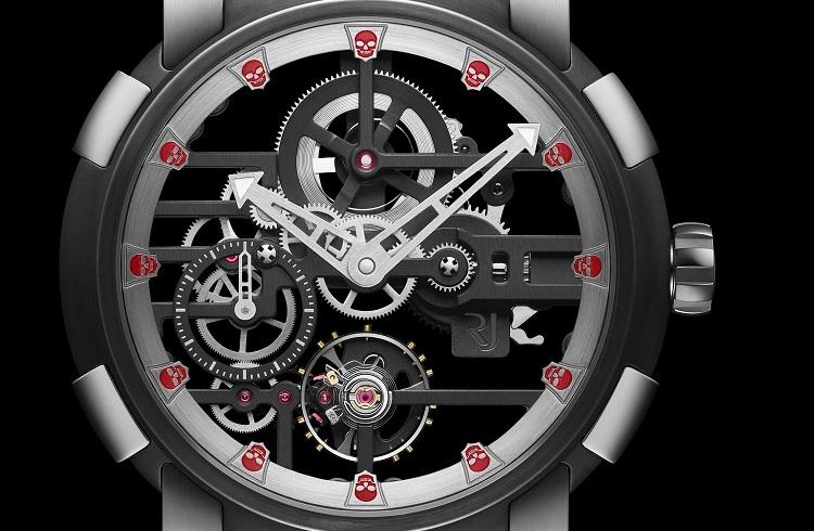 """Tehditkar Tasarımıyla Baştan Çıkarıcı Eşsiz Bir Saat: """"RJ-Romain Jerome Skylab Speed Metal 48 Skulls"""""""
