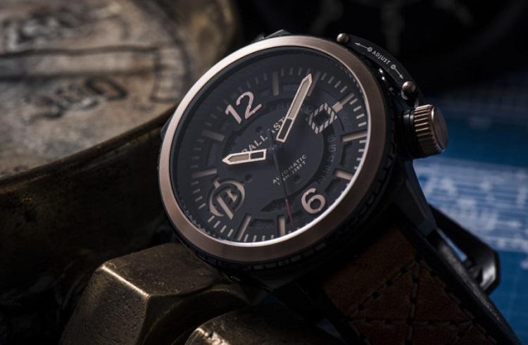 """21.Yüzyıl Yenilikleriyle Donatılmış İşlevsel Bir Saat: """"Ballast Trafalgar BL-3133"""""""