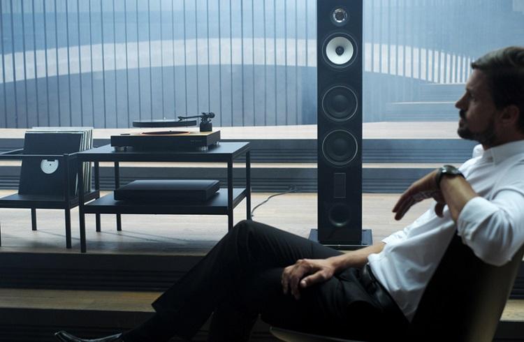 """Yerçekimine Meydan Okuyan Eşsiz Bir Pikap: """"Mag-Lev Audio Levitating Turntable"""""""