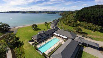 """Yaşam Standartlarıyla Zirvede Yer Alan Yeni Zelanda'nın Son Harikası: """"Helena Bay Lodge"""""""