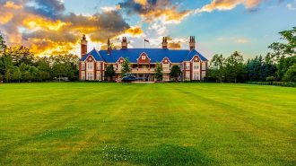 """Kanada'nın En Pahalı Evi: """"Chelster Hall"""""""