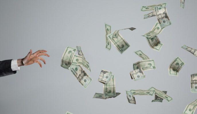 Para Kaybetmeden Kazanmak İsteyen Borsa Yatırımcısı Ne Yapmalı?