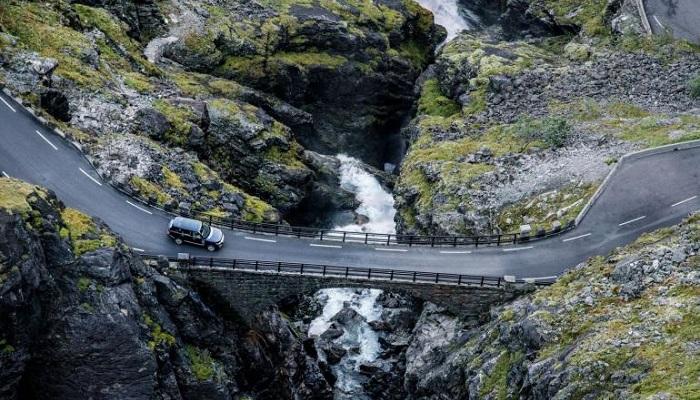 Land Rover ve Magnum Photos Birlikteliğinin İlk Eseri