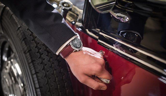 """Klasik Arabaların Büyüsünü Yansıtan Eşsiz Bir Saat Koleksiyonu: """"Junghans Meister Driver Chronoscope"""""""