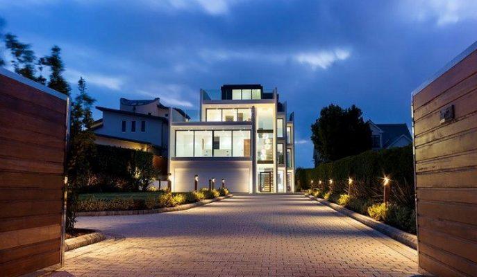 """Büyüleyici Manzarası ve Benzersiz Tasarımıyla Londra'nın Masalsı Evi: """"Vanquish Malikanesi"""""""