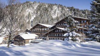 İsviçre'de Kışın Tadını Çıkartmak İsteyenlere Otel Önerisi: Huus Gstaad