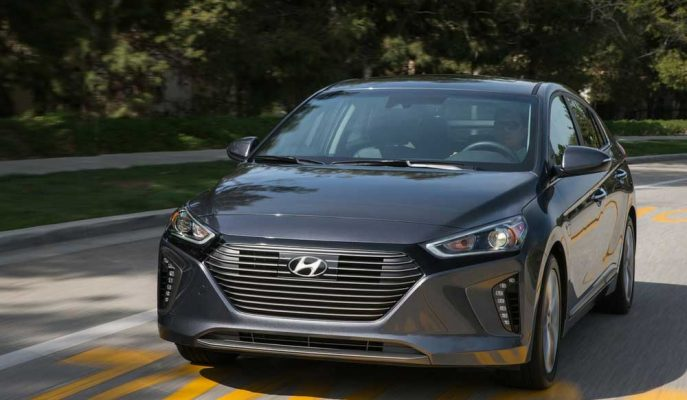 2017 Yeni Hyundai IONIQ: Kore'nin Hibrid Motorlu Yeni Nesil Otomobili