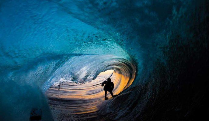 Dünyanın En İyi Sörfçüleri ve Dev Dalgalarla Muhteşem Dansları