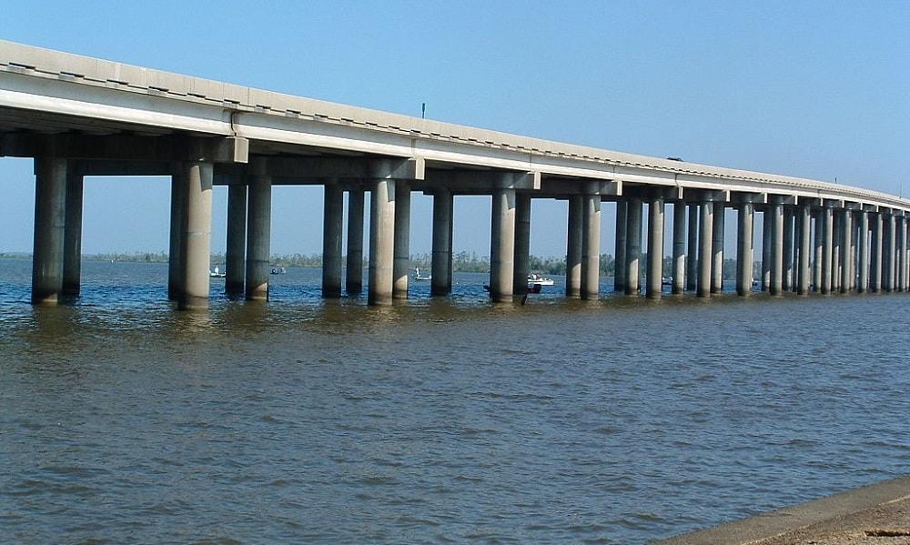 Manchac Swamp Köprüsü - ABD