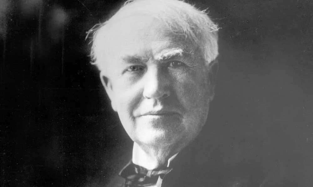 thomas edison Thomas alva edison (11 tháng 2 năm 1847 – 18 tháng 10 năm 1931) là một nhà phát minh và thương nhân đã phát triển rất nhiều thiết bị có ảnh hưởng lớn tới cuộc sống trong thế kỷ 20 ông được một nhà báo đặt danh hiệu thầy phù thủy ở menlo park, ông là một trong những nhà.