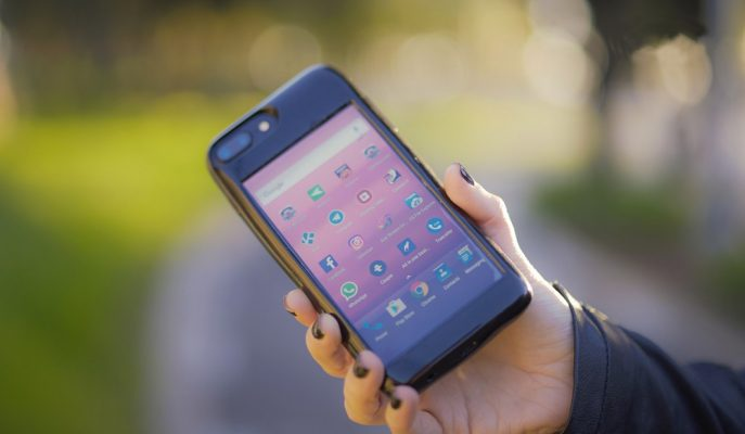 Android Telefonlu iPhone Kılıfı Bağış Rekorları Kırıyor!