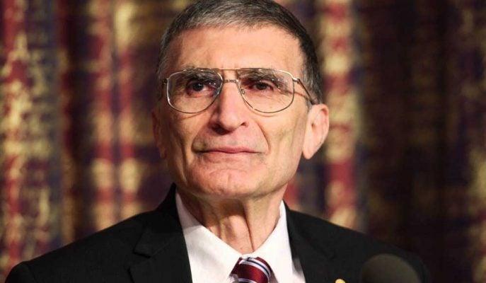 Aziz Sancar Kimdir? Hayatı, Başarıları ve Ödülleri
