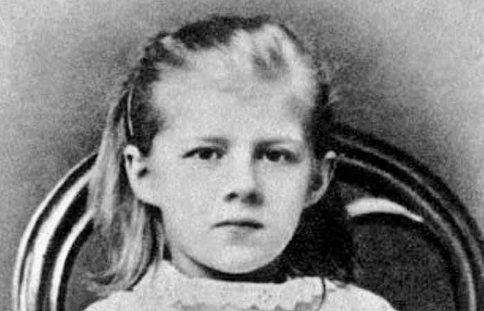 Dostoyevski'nin Yaşayan Kızı Lyubov;