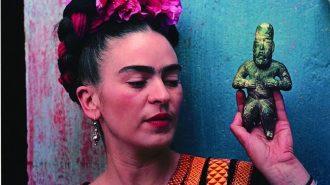 Frida Kahlo'nun Eşyaları: Yıllar Sonra Gizli Dolabından Çıkan Kıyafetleri ve Aksesuarları