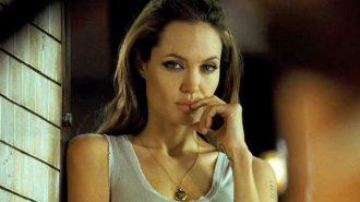 Angelina Jolie Kimdir? En İyi Unutulmaz Filmleri Listesi
