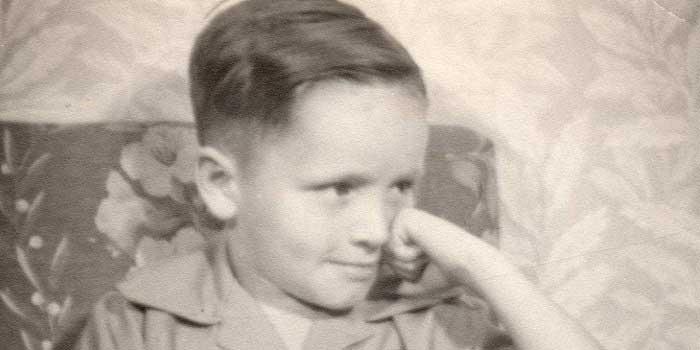 Charles Manson'un Çocukluğu