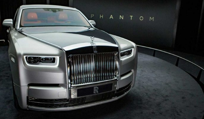 2018 Yeni Rolls Royce Phantom: 92 Yıllık Tarihi ve Değişmeyen Duruşu!