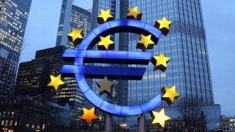 Euro Bölgesi Son 6 Ayın En Yavaş Büyümesini Kaydetti!