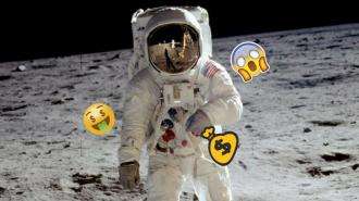 Neil Armstrong'un Topladığı Ay Tozları 4 Milyon Dolara Satılacak!