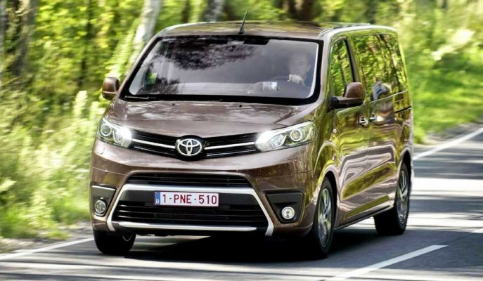 2017 Yeni Toyota Proace Van-Verso Premium Donanımlarıyla Artık Türkiye\'de!