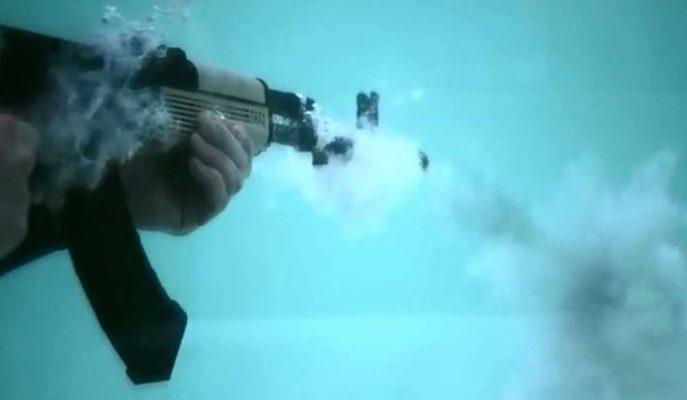 AK-47 Makineli Tüfeğin Sualtında Nasıl Çalıştığına Dair Görüntüler