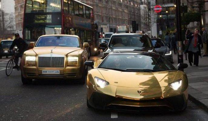 Londra Sokaklarında Rastlayacağınız Altın Kaplama Süper Lüks Arabalar