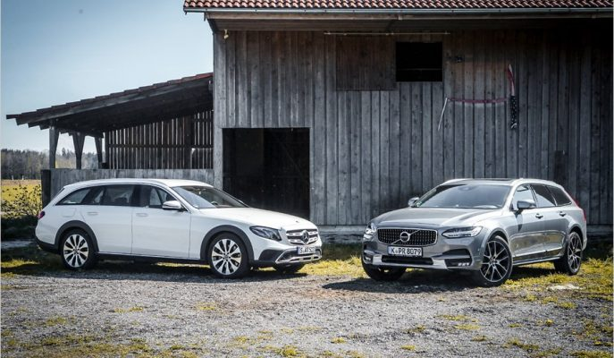 Mercedes E-All Terrain vs Volvo V90 Cross Country: 4×4 Wagonların Liderlik Yarışı!