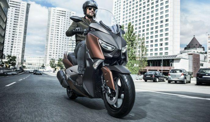 2017 Yeni Yamaha X-MAX 300: Rakipleri Şimdi Bir Adım Daha Geride!