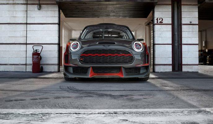 Mini John Cooper Serilerinin En Vahşisi JCW GP Concept'i Tanıttı!