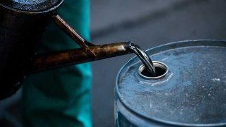 Petrol Arz Fazlasının Azalacağı Beklentisiyle 56 Doları Geçti!
