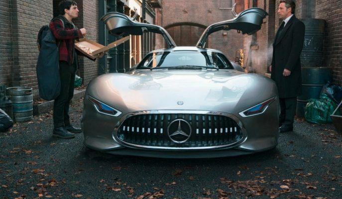 """Bruce Wayne'in """"Batman"""" Arabası Artık Mercedes Vision GT!"""