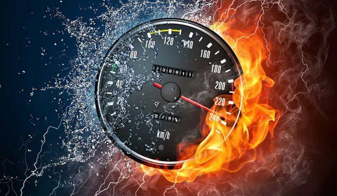 Almanya Otobanında Birbirinden Hızlı 5 Arabanın Top Speed Performansları