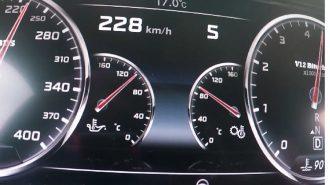 Mercedes Brabus Rocket 900'ün 3 Km'de Yaptığı Hız Rakamı Büyüleyici!