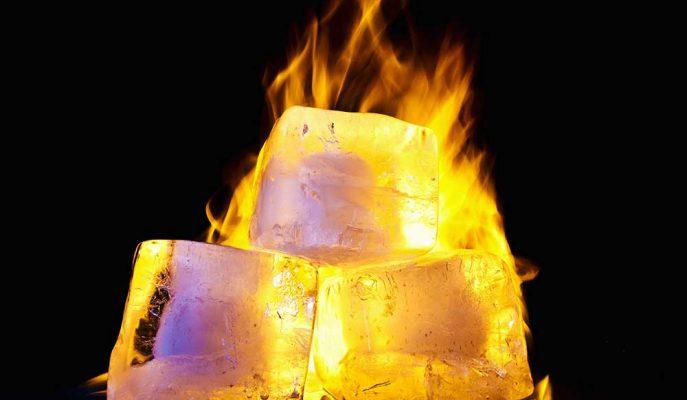Buz ile Nasıl Ateş Yakıldığına Dair Etkileyici Görüntüler