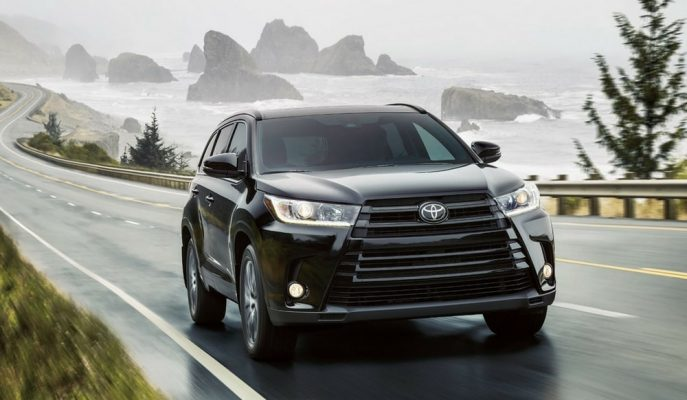 2017 Yeni Toyota Highlander: Makyajla Gelen Yeni Üstün Özellikler!