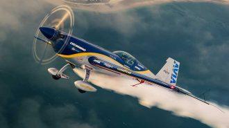 Akrobasi Pilotlarının Havada Sergilediği 10 Nefes Kesen Performans