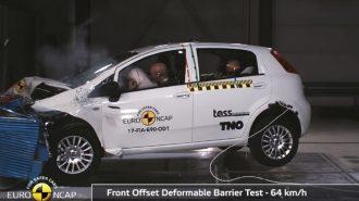 """EuroNcap Tarihinde """"Sıfır Yıldızla"""" Ayrılan İlk Araba: Fiat Punto"""