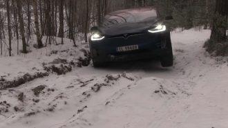 Tesla Model X 4×4'ün Off Road ve Kar Performansı!