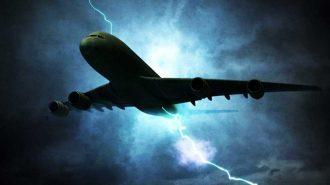 Havadaki Uçaklara Yıldırımın İsabet Ettiği 7 Korku Dolu Görüntü