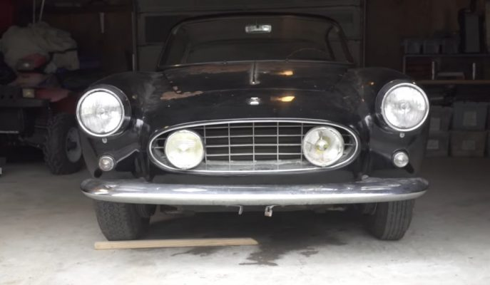 """61 Yaşındaki """"Ferrari 250 GT Ellena"""" 10 Yıl Kapalı Kaldığı Garajdan Çıkıyor!"""