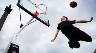 Basketbol Oynayan Gençlerin Yaşadığı 10 Tuhaf Kaza