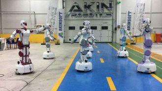 AkınRobotics Erik Dalı Oynayan İnsansı Robot ADA GH5'i Tanıttı