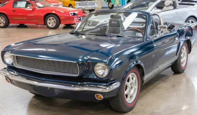 """Gördüğünüz Klasik Bir Mustang! Gerçekte Olan ise """"Mazda MX-5"""""""