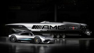 Mercedes – AMG Cigarette Racing 515 Project One Boat: 3100 Beygirlik Süper Spor Tekne!