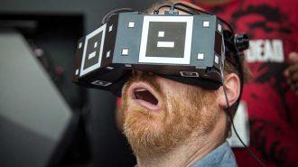 Sanal Gerçeklik Gözlüğü Kullanan İnsanların 10 Birbirinden Komik Hali