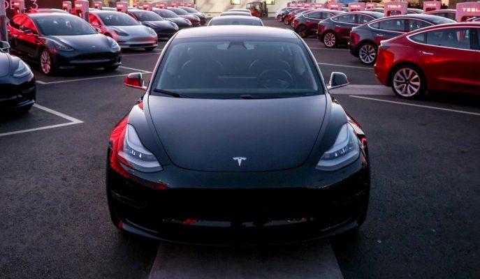 Tesla'nın Eski Çalışanından Şirkete Şok Edici Dava Sebebi!