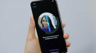 Apple'dan iPhone X için Yeni Reklam Filmi: Face ID ile Tanışın!