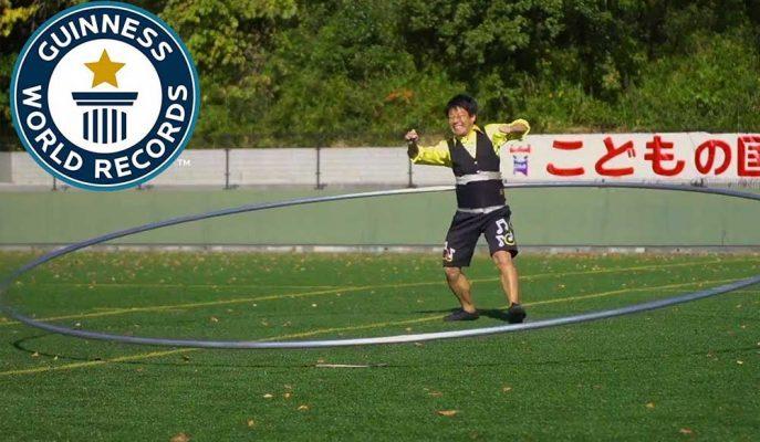 Dünyanın En Büyük Hulahopunu Çevirerek Guinness Rekorlar Kitabına Giren Japon Sporcu